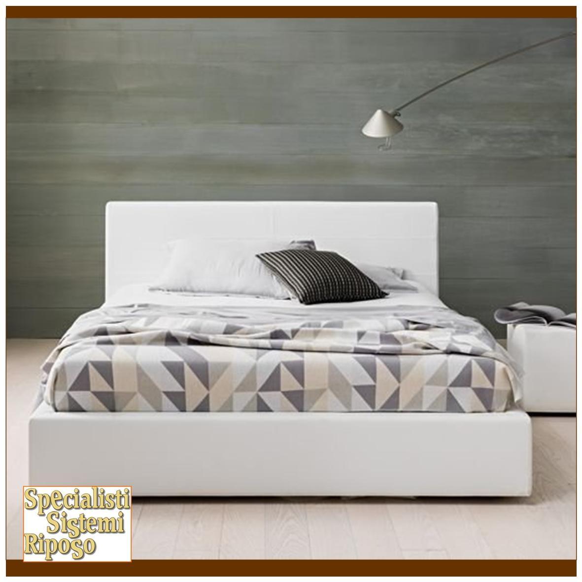 Letto con testata imbottita great letto con testiera imbottita delluagnese with letto con - Testiera letto singolo imbottita ...